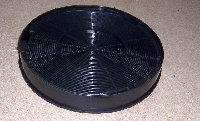 Uhlíkový filtr UF-2
